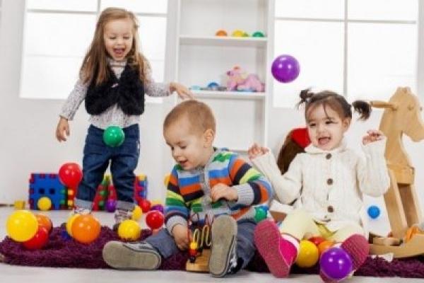 Вражені грибком: на Прикарпатті масово захворіли вихованці дитсадка (Відео)