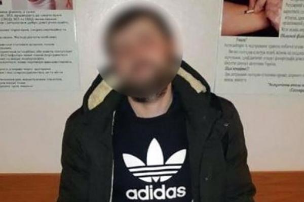У Франківську лікарі пологового будинку зловили грабіжника, який обікрав пацієнтку