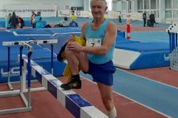 Прикарпатський викладач став призером чемпіонату Києва з легкої атлетики