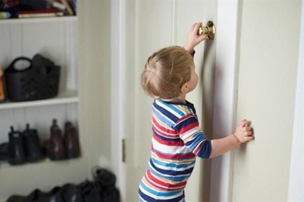 У Івано-Франківську 6-річний хлопчик зачинився у квартирі