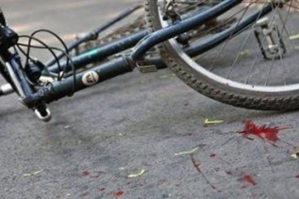 На Верховинщині чоловік впав з велосипеда та загинув на місці