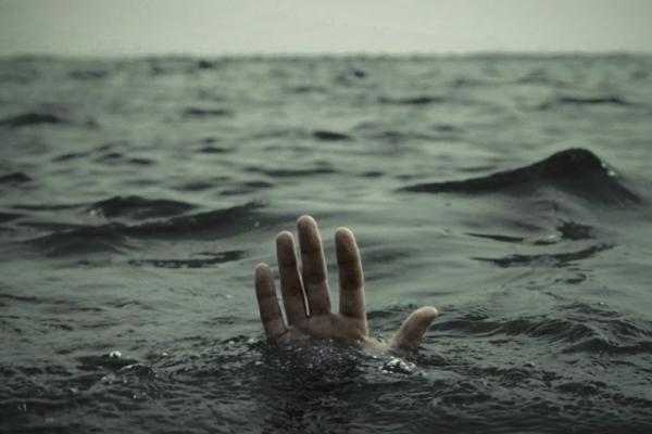 На Франківщині з річки витягнули тіло чоловіка. Першими його побачили діти