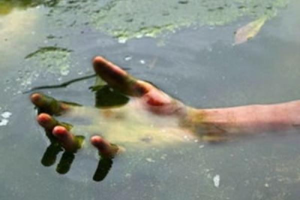 На Снятинщині в річці знайшли тіло пенсіонера