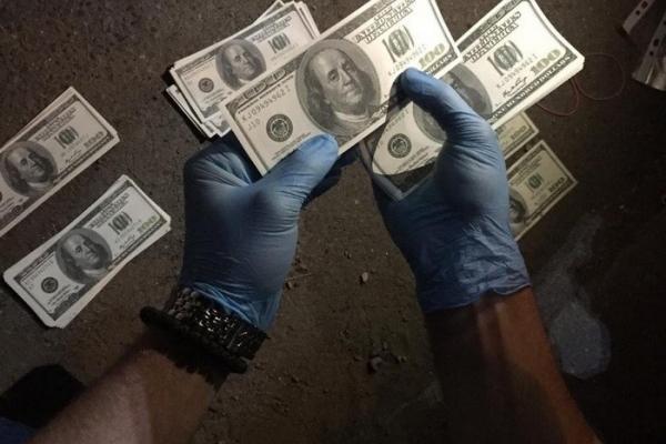 На Прикарпатті кримінальний авторитет вимагав значну суму у підприємця (Фото)