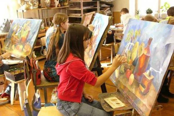 Відомий калуський художник пропонує міській владі відкрити художню школу