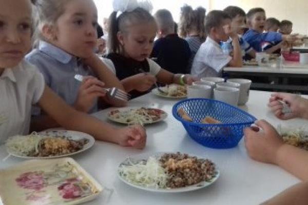 У франківських школах почали готувати за рецептами відомого шеф-кухаря (Фото)