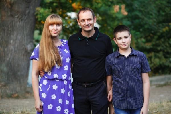 Мер Івано-Франківська з дружиною показали маленьку донечку
