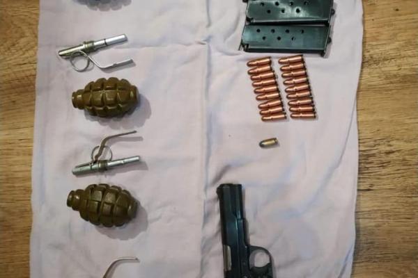 Поліція знайшла у прикарпатця пістолет ТТ, гранати та боєприпаси
