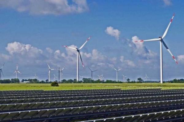 На Прикарпатті побудують 18 сонячних електростанцій