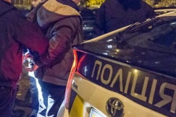 Іноземець пограбував магазин у Франківську