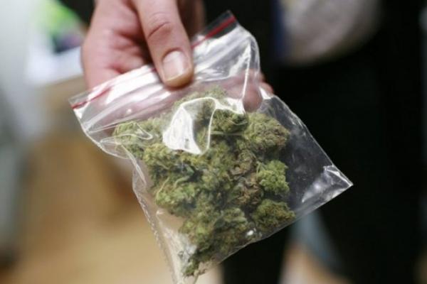 Коломийські правоохоронці затримали збувача наркотиків