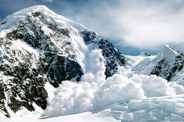 У Карпатах оголосили про початок сніголавинного сезону. Схема
