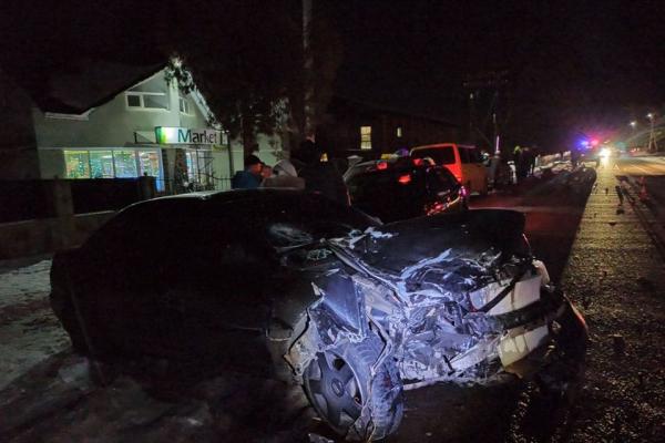 На Прикарпатті сталася ДТП за участі чотирьох авто та фіри. Є постраждалі (Фото)