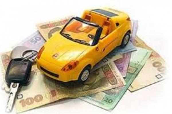 На Прикарпатті власники елітних авто сплатили понад 800 тисяч податку