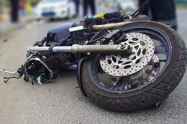 На Городенківщині мотоцикл опинився у кюветі. Водій не вижив