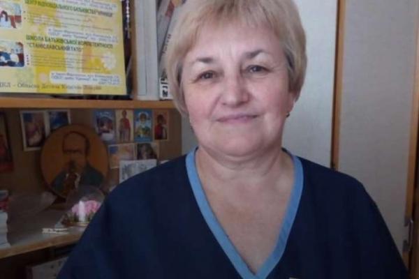 На Прикарпатті від коронавірусу померла медсестра дитячої лікарні