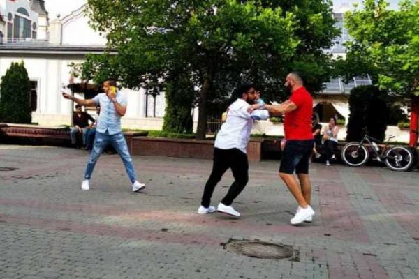 В центрі Івано-Франківська побились іноземці