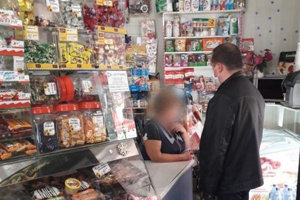 На Коломийщині 15-річним дівчатам продали алкоголь та сигарети