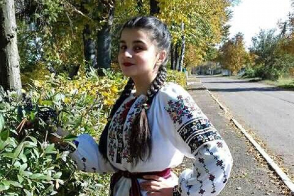 200 балів з англійської,195,5 – з історії: як юна випускниця з віддаленого прикарпатського села ламає стереотипи (Фото)