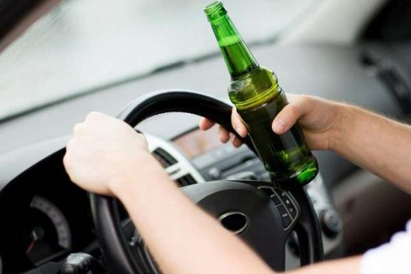 У Франківську водій з 2,69 проміле алкоголю запропонував патрульним 200 грн хабаря
