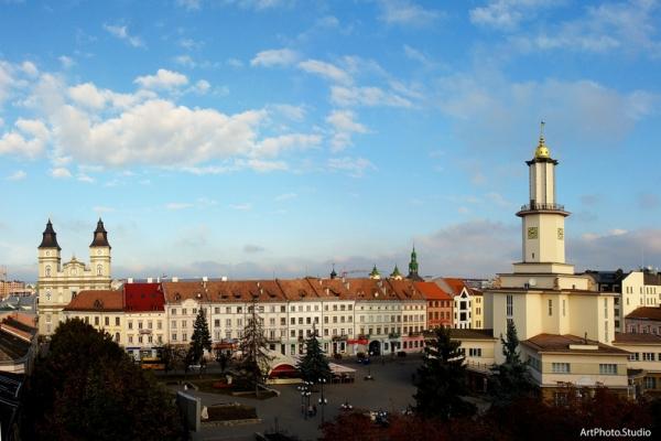 Івано-Франківськ: від минулого до сьогодення