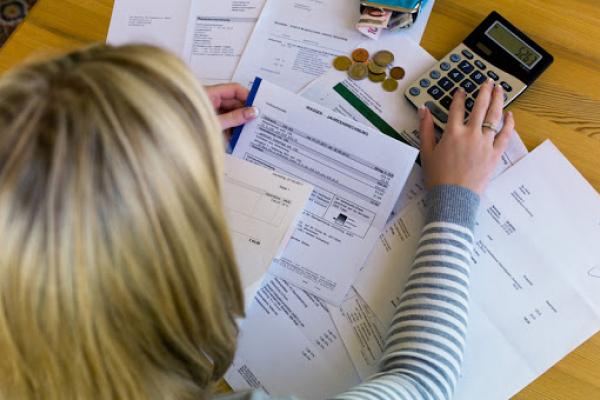 Стало відомо, скільки прикарпатців скористалось правом на податкову знижку