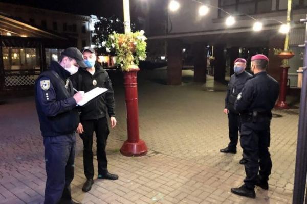 За перший карантин «вихідного дня» франківські поліціянти склали понад 30 адмінпротоколів