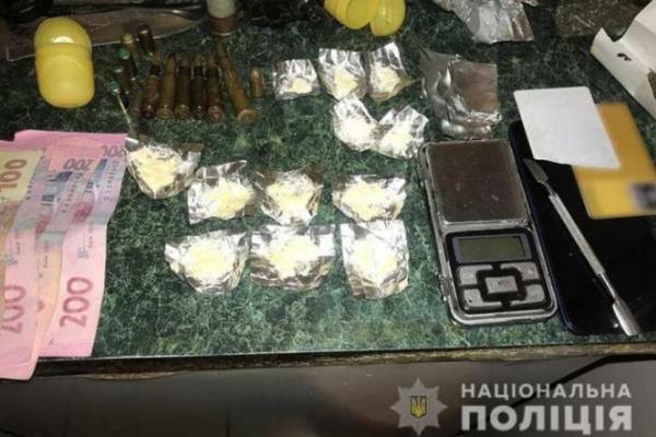 На Прикарпатті поліцейські викрили групу наркоторговців