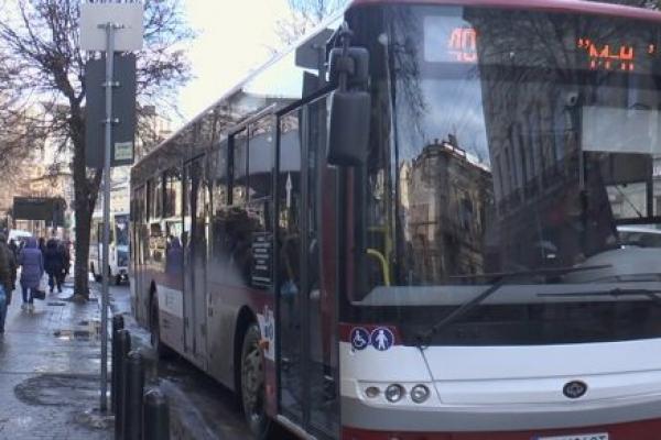 У Франківську зросте вартість проїзду в комунальному транспорті