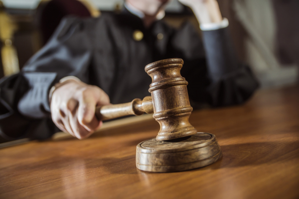 На Прикарпатті судитимуть службовців, які незаконно збули понад 38 кг скрапленого газу