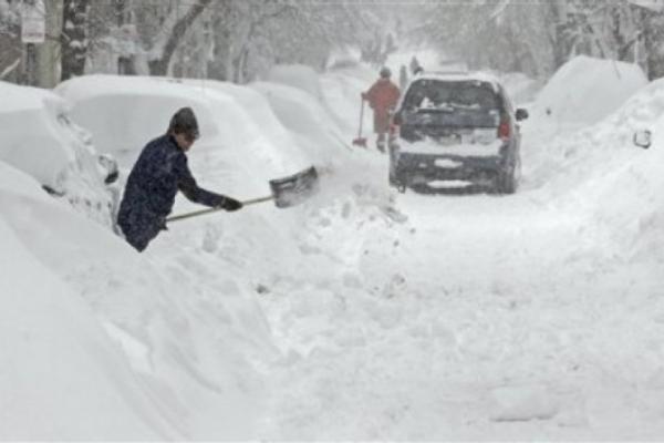Внаслідок снігопадів заблокований проїзд дорогами з Городенки