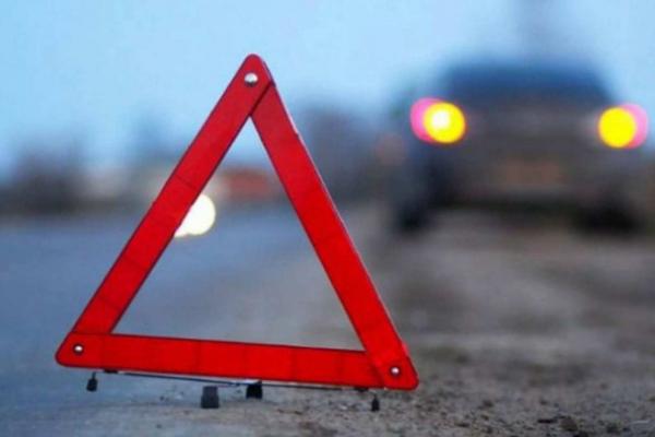 В Коломиї автомобіль збив жінку, яка раптово вибігла на дорогу