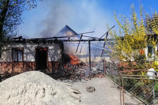 Пожежа на Коломийщині: горів житловий будинок (Фото)