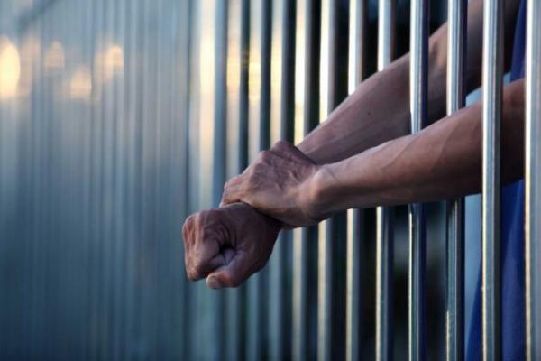 За пересилання наркотиків у СІЗО франківець отримав 6 років за гратами