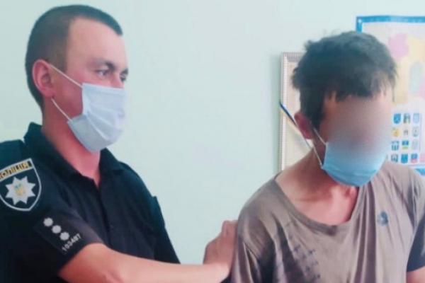 На Івано-Франківщині чоловік зґвалтував пенсіонерку