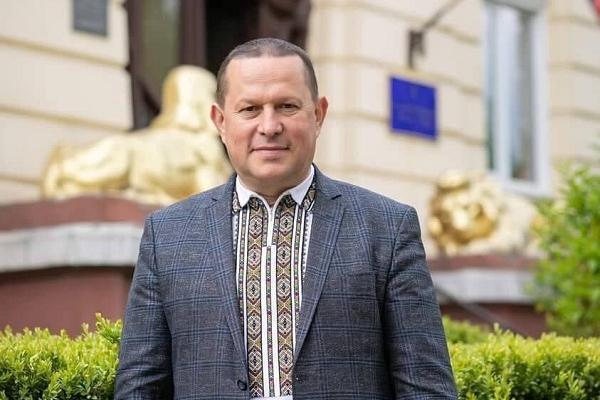 Міський голова Надвірної заявив про залякування та тиск (Відео)